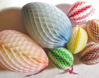 Mixed Lot of 7 Vintage Honeycomb Tissue Easter Eggs