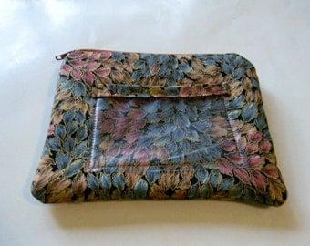 Leaf Fabric Change Purse with ID Pocket