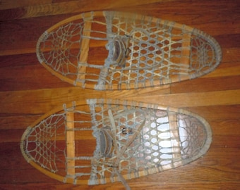 Pair of Vintage snow shoes snowshoes Tubbs Wallingford Vt