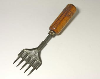 Vintage  Ice Pick Chipper, 5 Prong Ice Chipper  - circa 1909