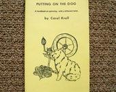 Filer la laine font livre - mettre sur le chien - de Combings de longs poils chiens et chats