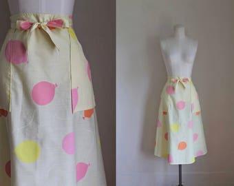 vintage 1970s novelty skirt - BIRTHDAY GIRL balloon print wrap skirt / M