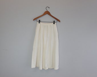 Vintage Cream Knee Length Skirt Romantic Clothing by Banana Repbulic