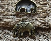 8 pcs Elephant Charms Antique Bronze Tone ,Lovely Elephant pendant findings,metal finding