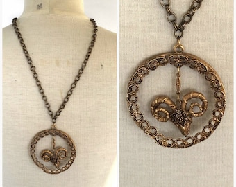 huge gold tone Aries ram medallion pendant necklace 60s 70s vintage big link chain horoscope men's necklace