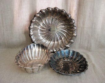 Swirls and Scallops Silver Plate Bowl  / Silver Bowls for Wedding Reception or Home Decor