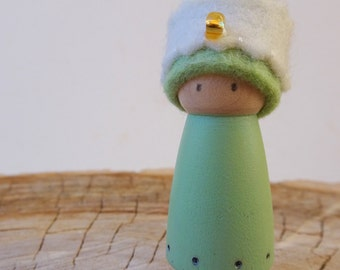 Sea Foam Green Prince/ Princess, Waldorf Birthday Ring Decoration, Small Peg Doll, Waldorf decor, Boy Birthday, Green, Amber Bead