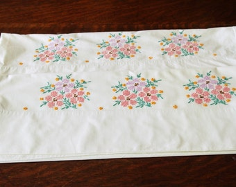 Embroidered Pillowcases Pair White Cotton Flowers Floral Vintage