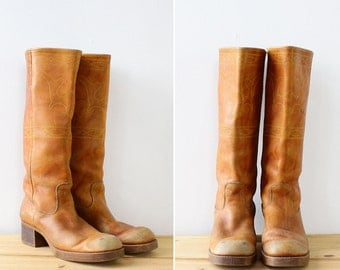 Embroidered Boots 9 1/2 • Campus Boots • 70s Boots • Vintage Boots • Knee High Boots • Square Toe Boots • Western Boots | SH362
