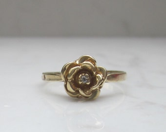 Vintage Diamond and 14k Solid Yellow Gold Flower Ring, Size 7.5 // Rose Ring //