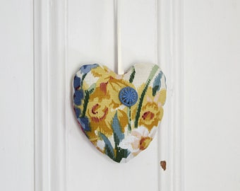 Fabric heart to hang Daffodil Ornament Door hanger Gift Decoration Flowers  Tulip Yellow Blue Pink Valentine Day Housewarming