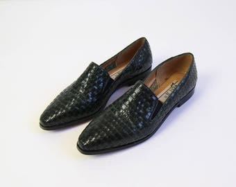 VINTAGE Womens Loafers Leather Woven Green Size 6.5