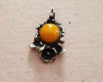 Vintage Sterling Silver and Amber Pendant 925 Hand Made