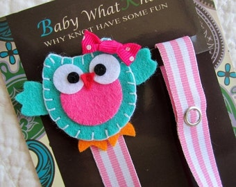 Girl Pacifier Clip, Blue Owl Pacifier Clip,  Owl Pacifier Holder, pcowl05