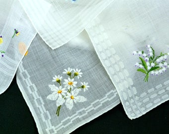 Lot of 4 Embroidered White Hankies Daisies, Lily of the Valley, Apple Blossoms, Woven Borders, Cotton, Excellent Condition, Wedding, Bridal