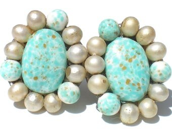 Cluster Clip Earrings Robins Egg Blue Speckled Art Glass with White Faux Pearls Vintage Easter Jewelry