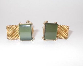 Vintage 1980's Swank Mesh Wrap Cufflinks-Gold Tone-Square Green Thermoset 'Stone'-FREE SHIPPING!
