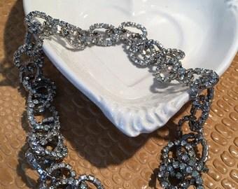 Glitzy Rhinestone Crystal link necklace