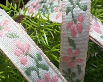 Cotton  Jacquard Ribbon Trim with Pink Flowers , Green Leaves  and  Pink Boarder on White Ground. 6 Yards