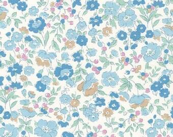 Robert Kaufman - Sevenberry Petite Garden - Petite GARLAND in Blue - Liberty of London Look - Japanese Cotton Fabric - choose your cut