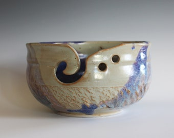 Large Yarn Bowl, knitting bowl, handmade ceramic yarn bowl, gift for knitters, ceramics, READY TO SHIP