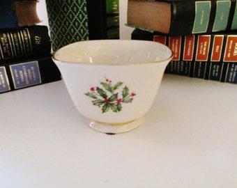 Lenox Holiday Bowl, Petite Christmas Candy Dish, Lenox Holly and Berries Nut Dish, Lenox Christmas China, Holiday Decor