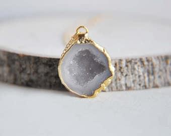 Druzy Geode Necklace, Geode Necklace, Druzy Necklace, Small Geode Necklace, Gold Geode Necklace, Natural Geode, Raw Geode Stone, Geode Stone