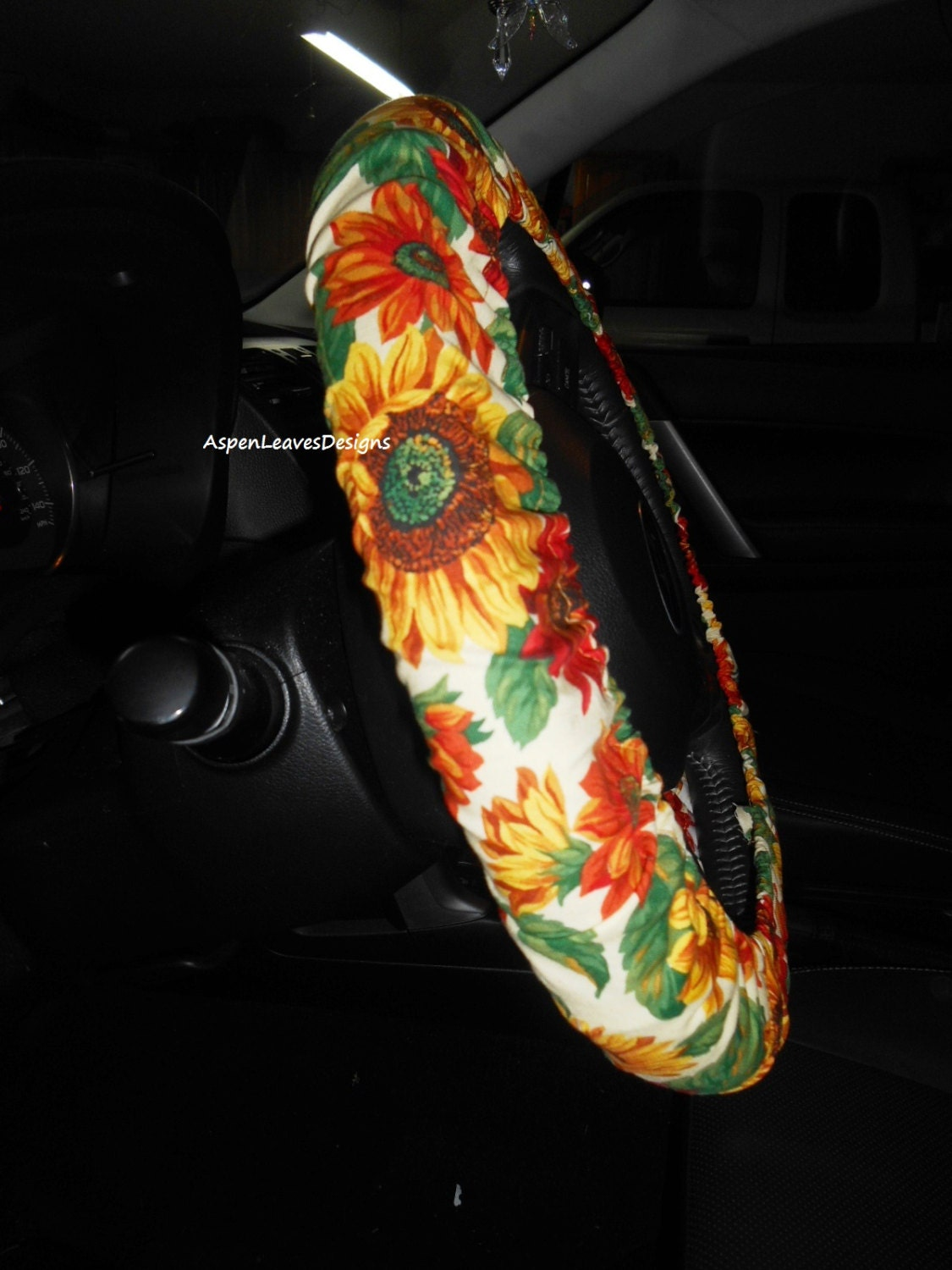 fall sunflower steering wheel cover fully lined red and gold sunflowers seat belt covers and. Black Bedroom Furniture Sets. Home Design Ideas