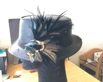 Elegant Black Feather Hair or Hat Clip, Black Feather Fascinator, Boho Feather Hair and Hat Piece, Festival Feathers