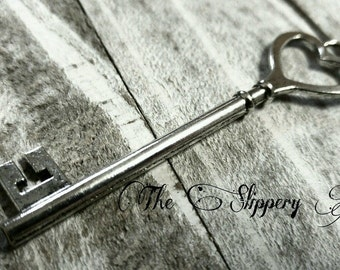Heart Keys Skeleton Key Pendants Heart Top Keys Antiqued Silver Big Keys 84mm 1 piece