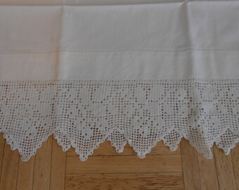 "Single vintage pillowcase with 4.5"" filet crochet trim-elegant-large size"