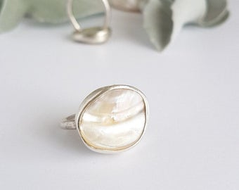 Silver Ring with Mother of Pearl