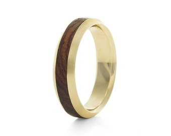 Native Mid Oval Carat - 9ct Yellow Gold & Wood Ring