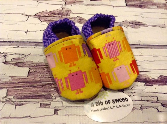 Pink and Purple Robots Soft Sole Shoes Size 0-6m