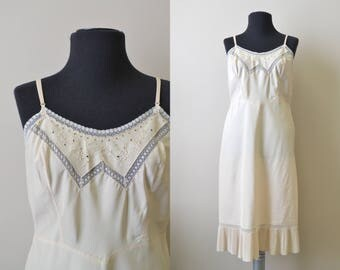 1950s Barbizon Tafredda Cream Slip
