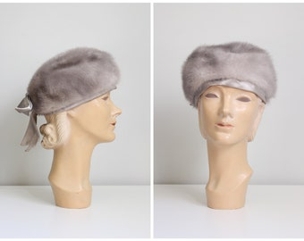 vintage gray mink fur hat - ladies fur hat / 50s mink hat with gray satin bow / 50s fur pillbox hat - 1950s mink hat - mink pillbox hat