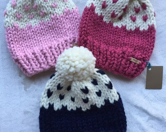 Knit pom toque - ombre hearts