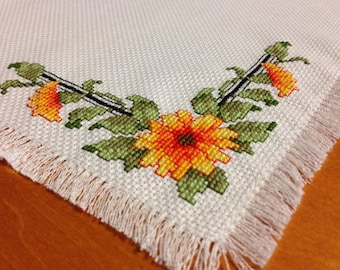 Black Eye Susan Cross Stitch Mat/ Table Topper
