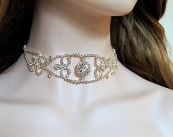 Delicate Crystal Diamond Choker. Silver Rhinestone Necklace. Bridal Wedding Choker.