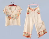 RARE! 1930s Beach Pajamas / 20s / 30s Floral and Fan Print Pongee Silk Pants and Top Lounge Set / Lipstick Pockets
