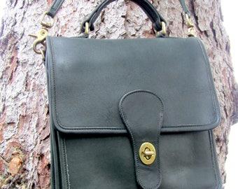 Vintage Coach Bag • Leather Station Bag in Forest Green • Leather Messenger • Satchel • 1980s