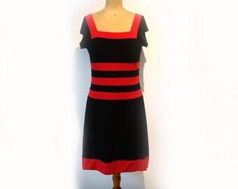 ON SALE Vintage Australian designer Leona Edmiston soft jersey retro red and navy dress AUS11-12