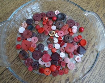 Lot Red Buttons, 104 Vintage red buttons