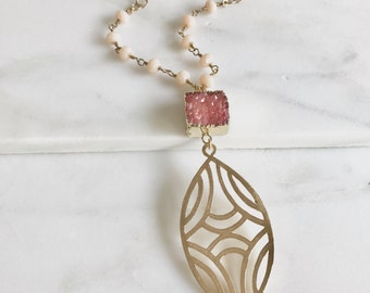 Long Druzy Necklace. Coral Druzy and Pink Stone Necklace with Beaded Chain. Unique Jewelry Gift for Her. Gift. Druzy Quartz. Boho Necklace.