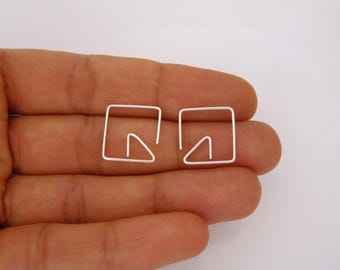 Square and triangle hoops in yellow gold, rose gold filled or solid sterling silver wire, geometric earrings