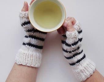 BLACK and WHITE Fingerless GLOVES || Handknit || Striped Mittens || Alpaca Blend