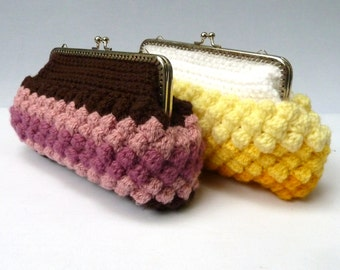 Crochet clutch bag, kiss clasp purse with bobble texture – yellow or pink