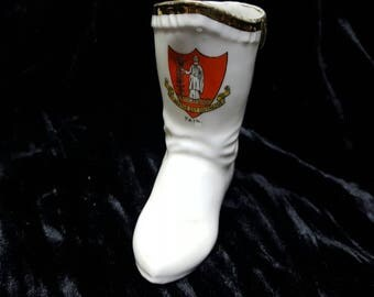 Gold Trimmed White China Boot Decorated with The Emblem of St. Beatus Est Duthacus Tain.