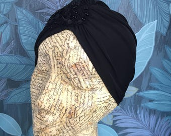Black vintage style turban with beading lace detail