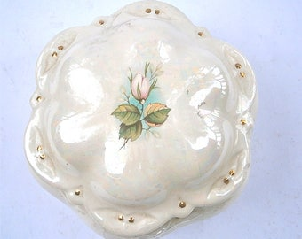 Vintage Aurora Borealis Ceramic Box Rose Floral Round Beige Carnival Luster Iridescent Decorative Jewelry Pottery Junk Scallop Removable Lid